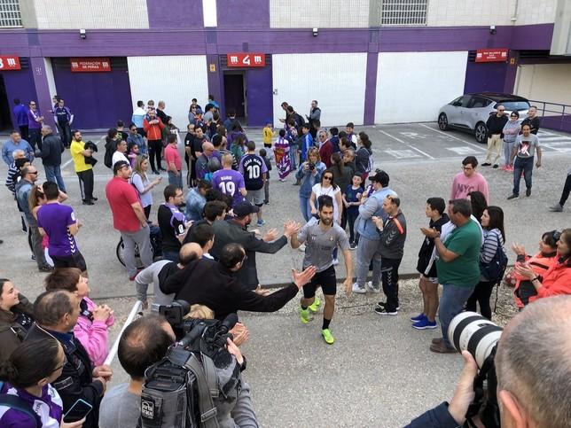 Unas mil personas arropan al Valladolid en el entrenamiento