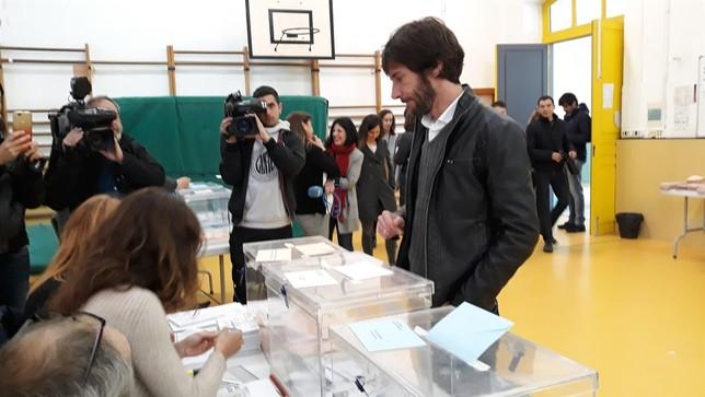 Buil destaca la importancia de acudir hoy a votar