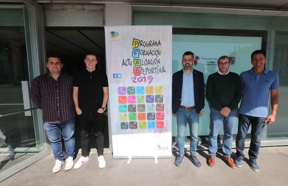 La 'ciencia blanquivioleta' se presenta en La Balastera