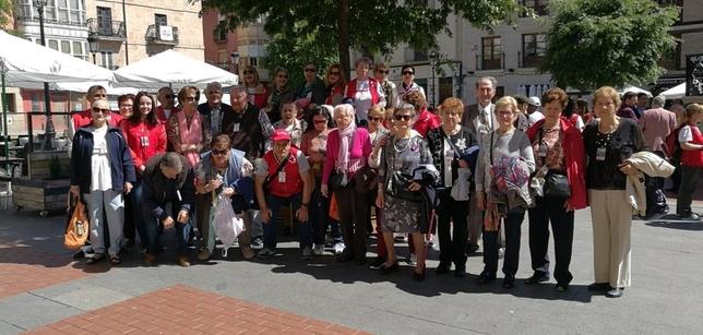 200 voluntarios y usuarios de Cruz Roja conviven en Miranda