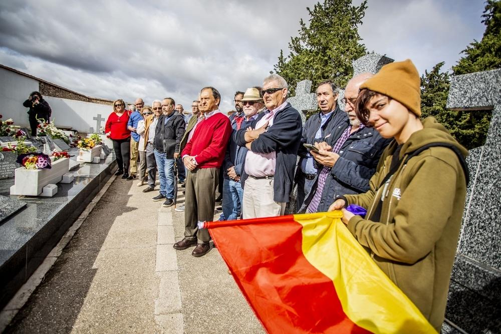 Caballero anuncia 50.000 euros para la señalización de fosas