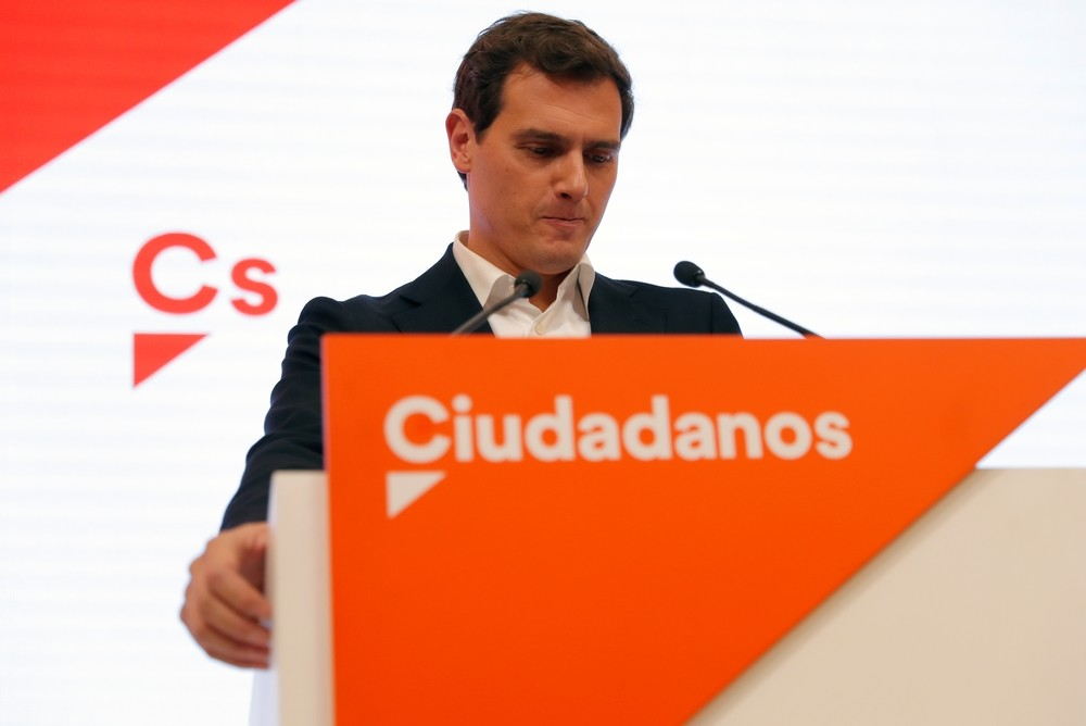 Rivera renuncia a la vida política y pública