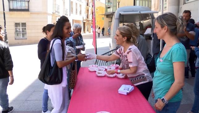 El PSOE saca a la calle sus propuestas locales y regionales
