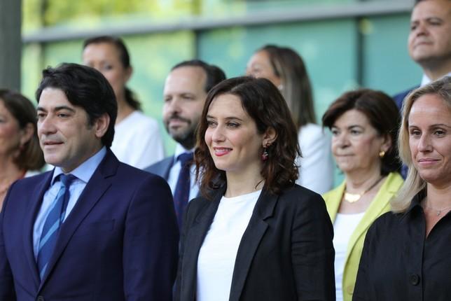 Ayuso apoya la abstención del PP para que gobierne Sánchez