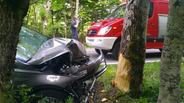 Herido tras chocar contra un árbol en Roncesvalles Bomberos de Navarra