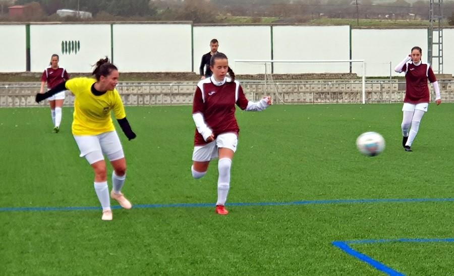 Espinar y Riazano vencen en el estreno de la liga femenina