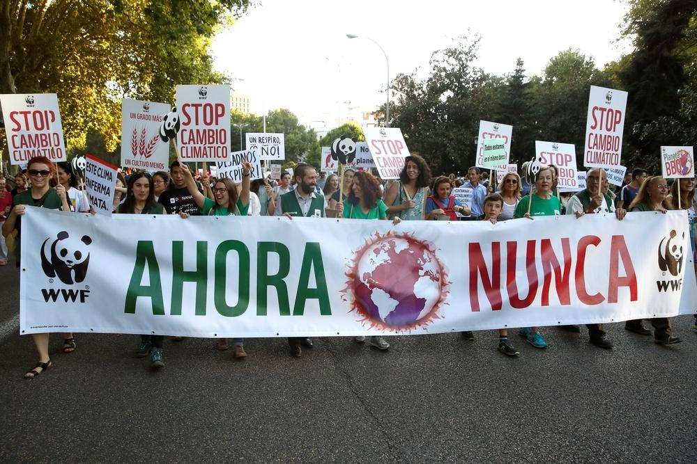 Los jóvenes españoles toman la calle para defender el planeta