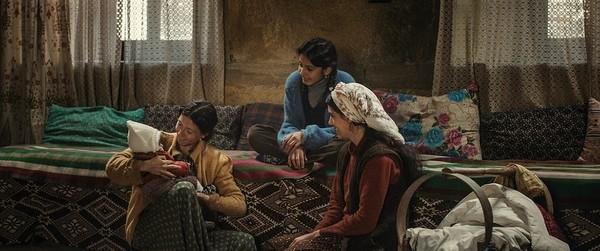 Fotograma de la película de la Sección Oficial 'Cuento de tres hermanas', de Emin Alper.