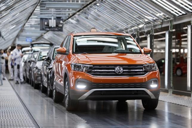 Se intensifican los trabajos para traer el tercer modelo Volkswagen Navarra