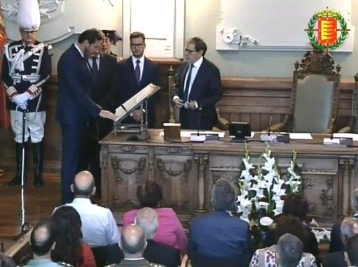 Más promesas que juras en el nuevo Pleno de Valladolid