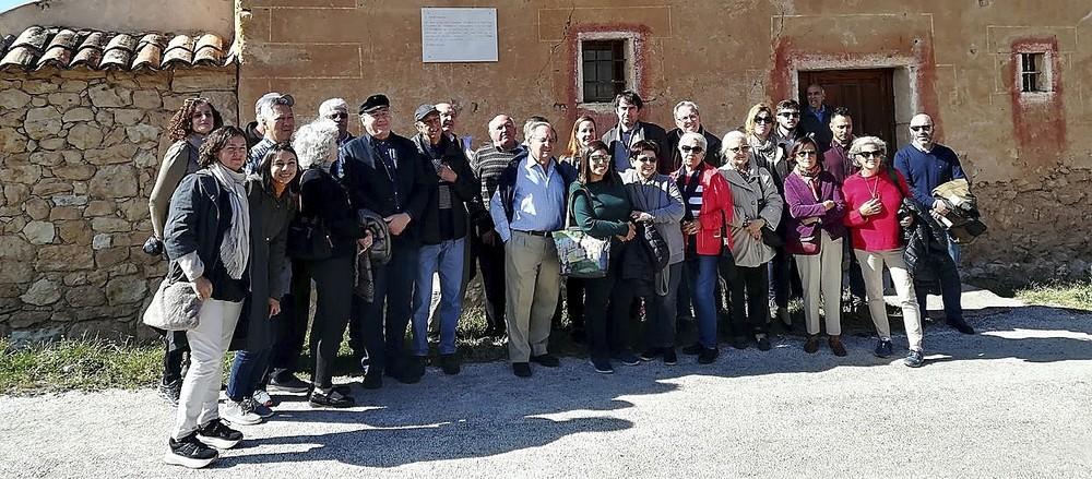 Navapalos, el pueblo de barro se resiste a la ruina