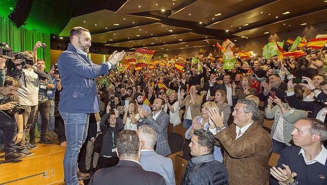 Abascal proclama ganador a Vox por abrir debates prohibidos VÁctor Ballesteros