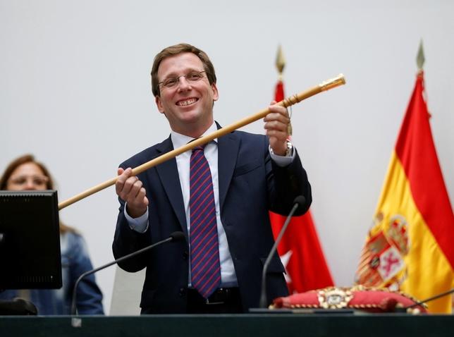 Almeida, nuevo alcalde de Madrid con el apoyo de Cs y Vox Emilio Naranjo