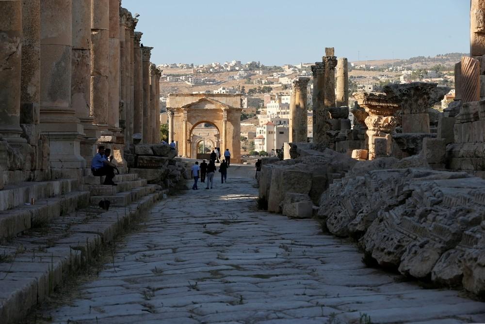 Apuñalan a cuatro turistas junto a unas ruinas en Jordania