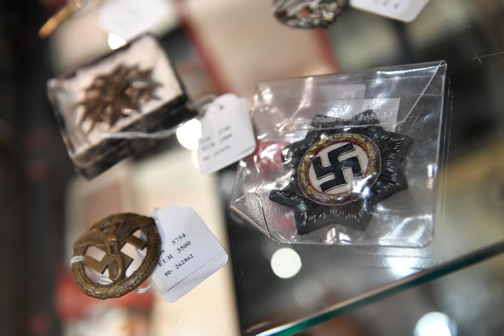 Subastan una chistera de Hitler por 50.000 euros
