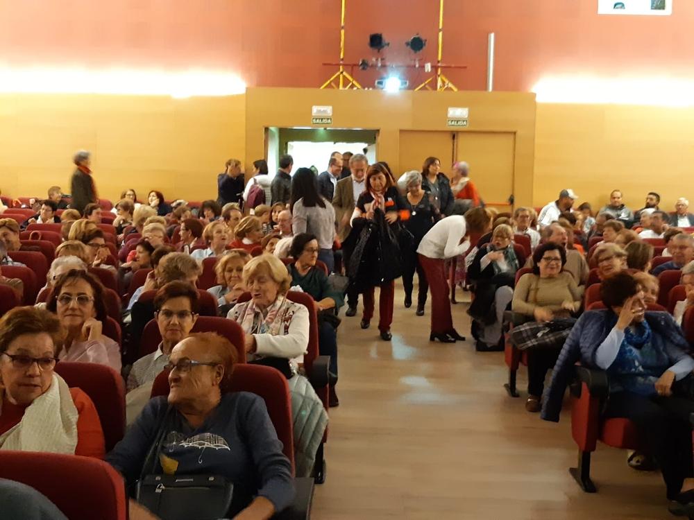 Feceav inaugura un nuevo curso de educación de adultos.