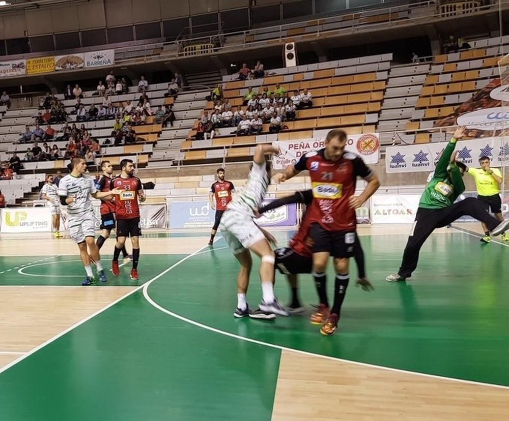 Helvetia Anaitasuna pierde en la pista del colista Huesca
