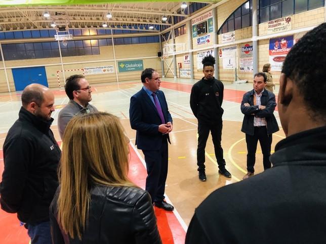 Prieto alaba la campaña del Basket Globalcaja Quintanar