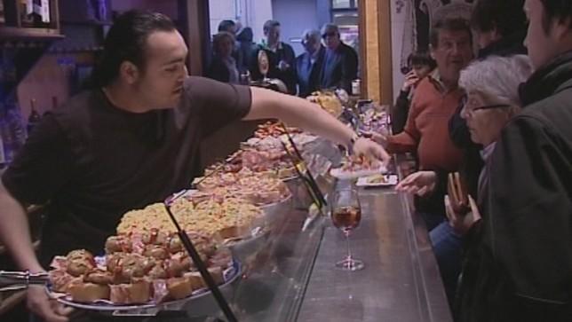 Sindicatos plantean subir un 3,5% el salario en hostelería