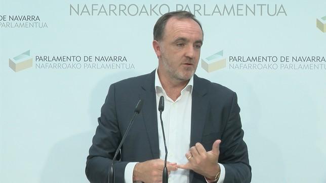 """UPN propone apoyar a Sánchez si el PSOE se """"separa"""" de Bildu"""