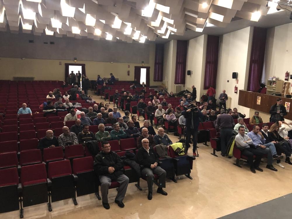 Socios de la Segoviana asistentes a la reunión.