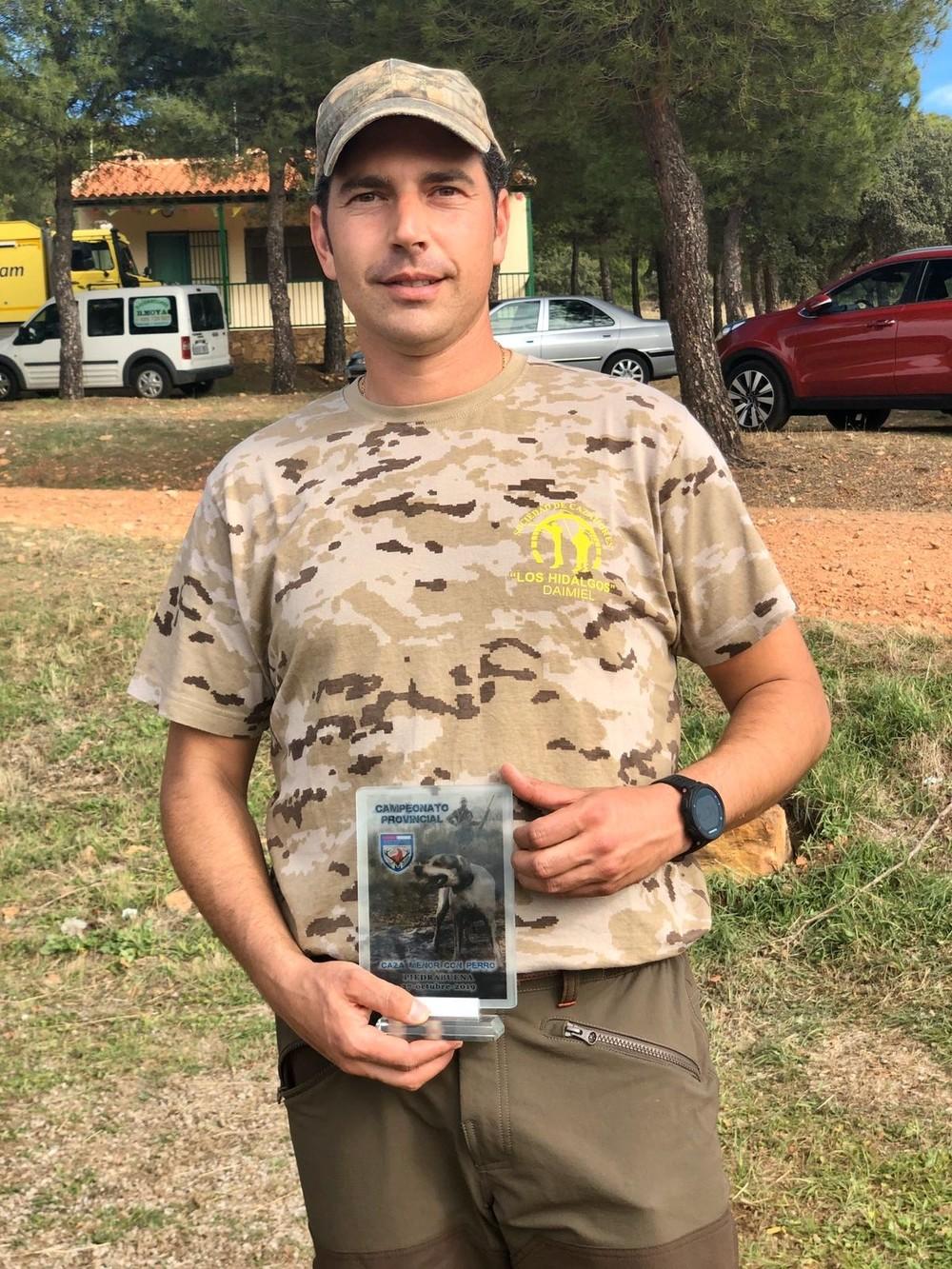 Ruiz Barrajón suma un nuevo campeonato de caza menor
