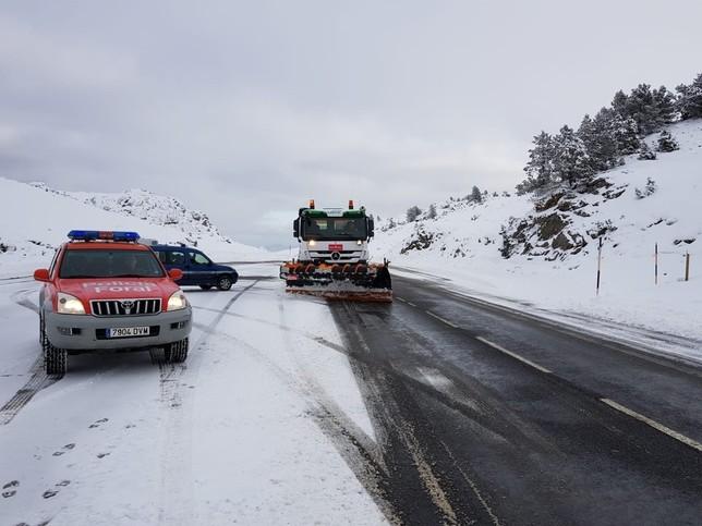 El temporal de nieve provoca las primeras afecciones