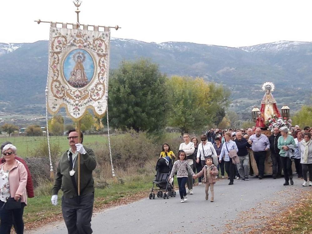 El Cristo del Caño y la Virgen de la Vega vuelven a casa