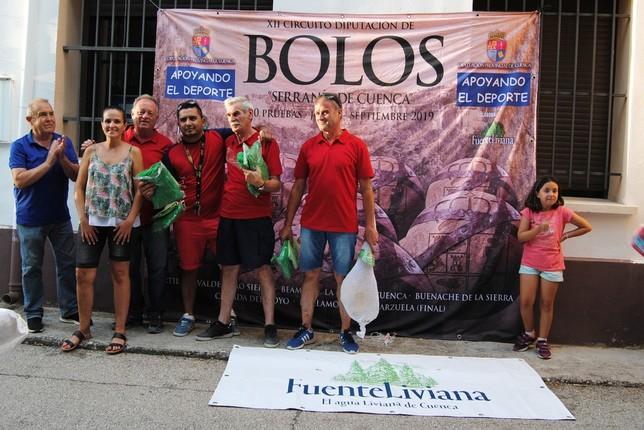 El equipo de Cuenca gana el torneo de bolos de Beamud