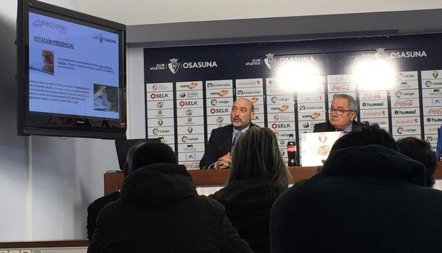 Pedro Chacón, de ADA Sistemas, explica el sistema de votación online Gonzalo Velasco