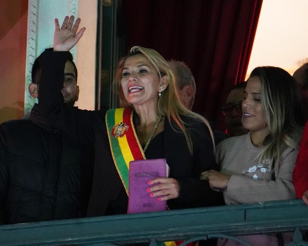 La opositora Jeanine Añez se autoproclamó jefa del Ejecutivo el pasado miércoles.