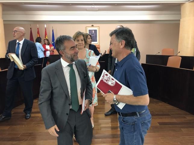 Francisco Vázquez cierra un ciclo de ocho años en Diputación