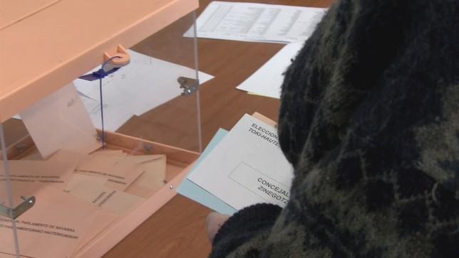 Comienza el escrutinio de las elecciones al Parlamento