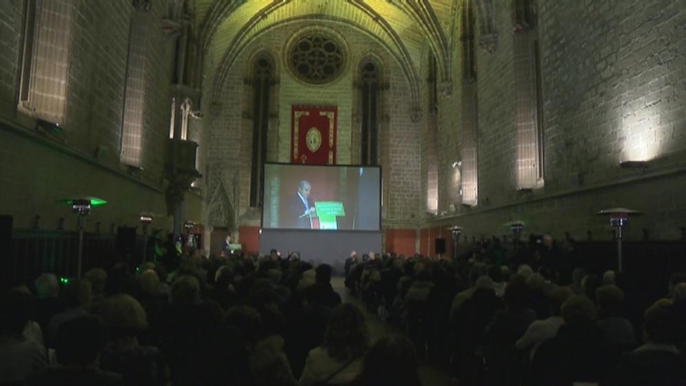 La AECC de Navarra celebra su 30 cumpleaños en la Catedral
