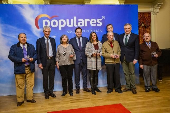 El PP reconoce a los concejales y alcaldes de la democracia