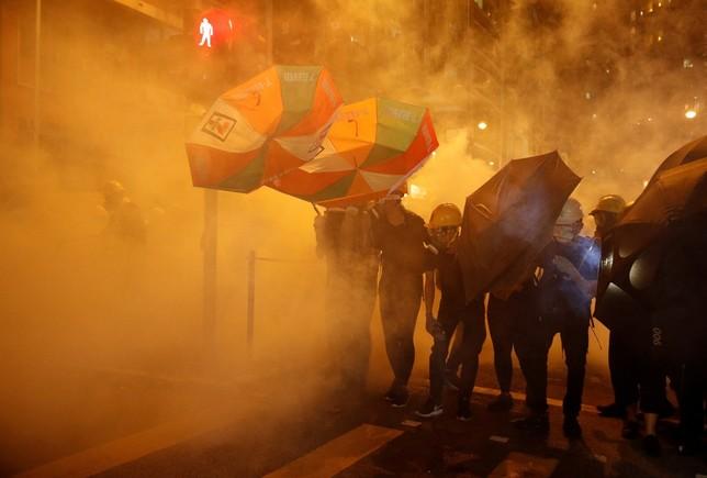 Dos millones de personas tomas las calles de Hong Kong