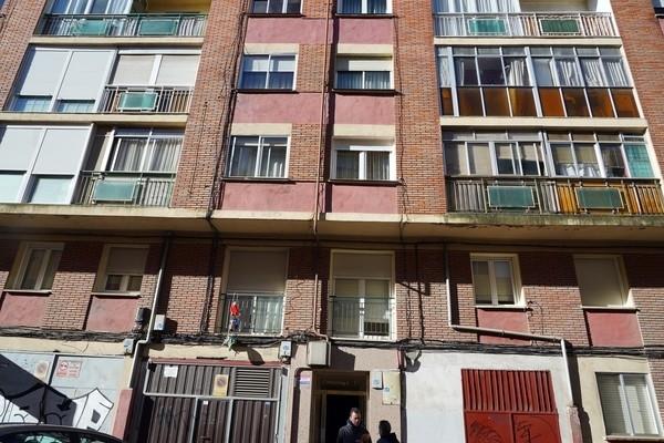 Dos hombres intoxicados en el incendio de una vivienda