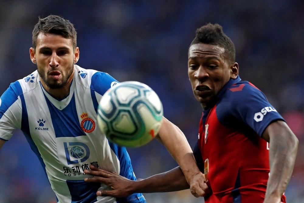 El Osasuna hunde al Espanyol en tres minutos