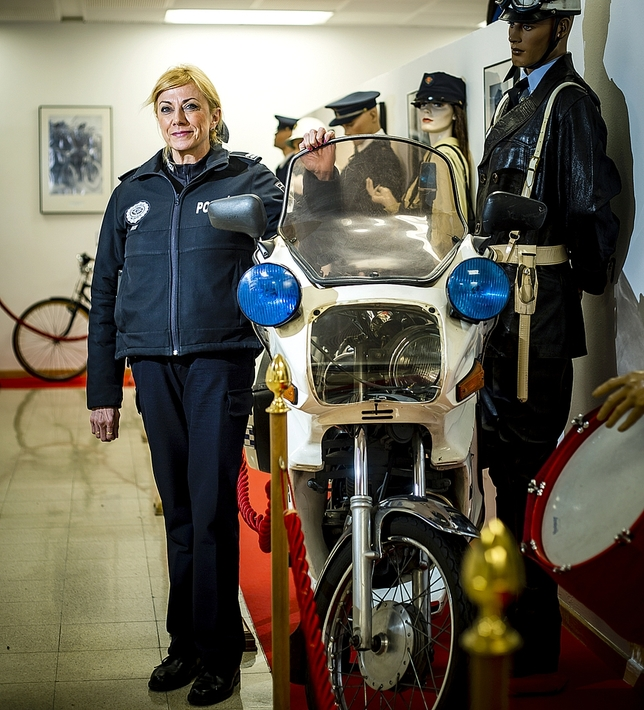 Julia González, jefa de la Policía Local de Valladolid, en el nuevo Museo de la Policía.