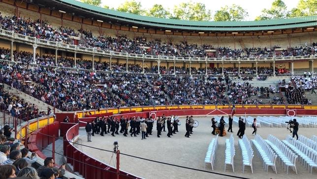 La Pamplonesa arropada por 60 bandas, ponen ritmo a Pamplona