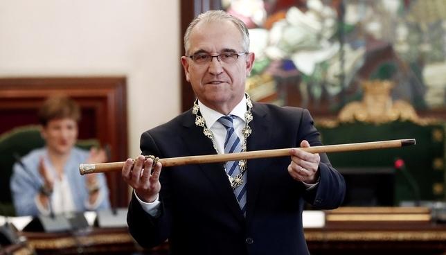 Enrique Maya, nuevo alcalde de Pamplona EFE