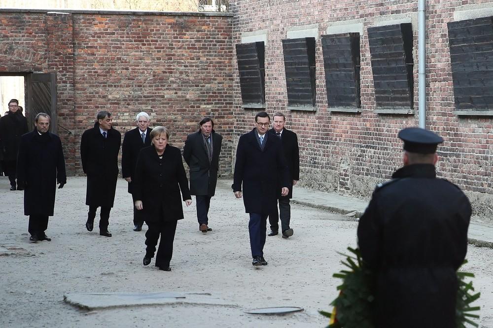 Merkel, en Auschwitz: