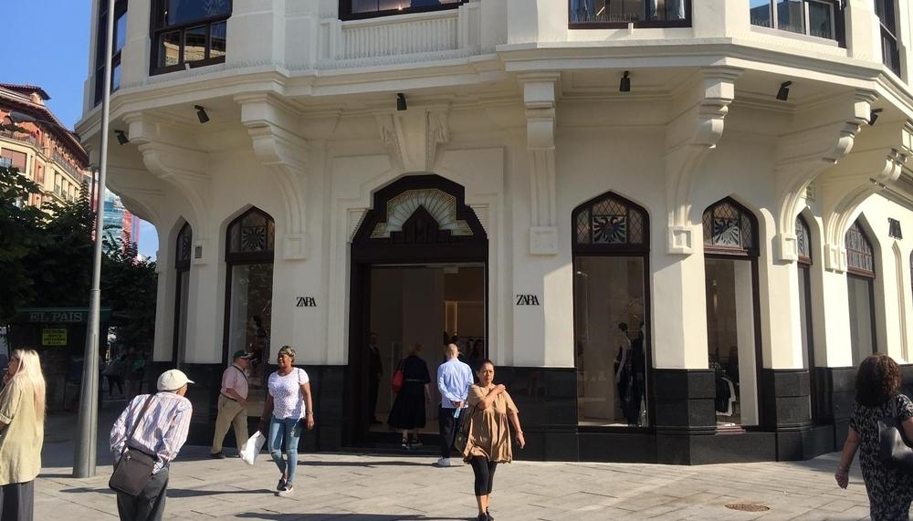 El 'gigante' Zara abre hoy sus puertas en Pamplona