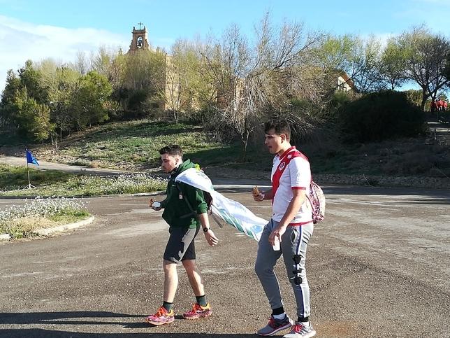 Más de 2.100 peregrinos marchan ya hacia Javier