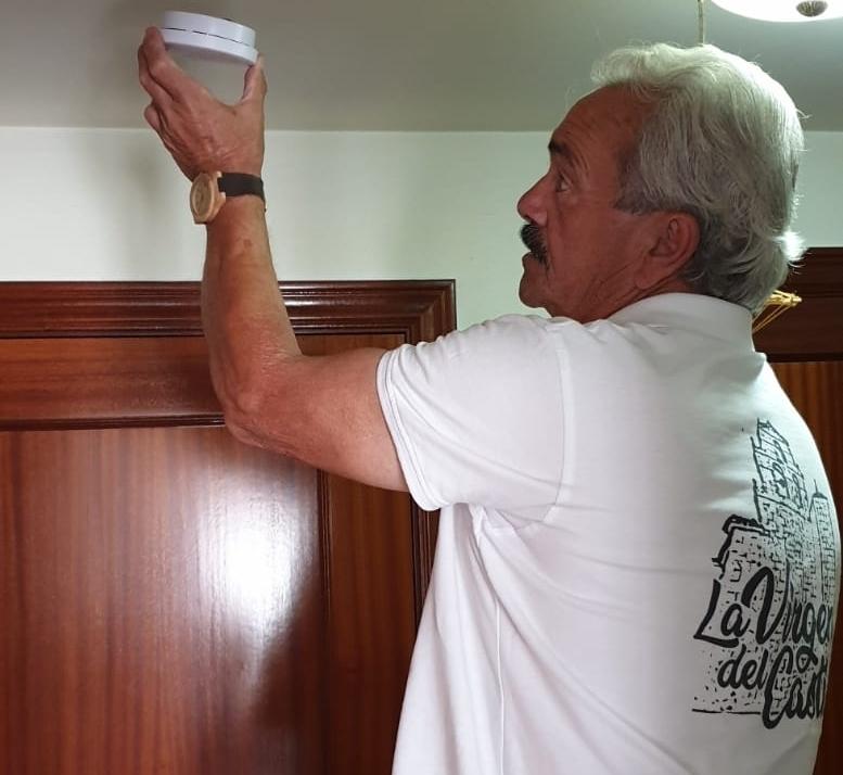El Royo instala detectores de humos en el municipio