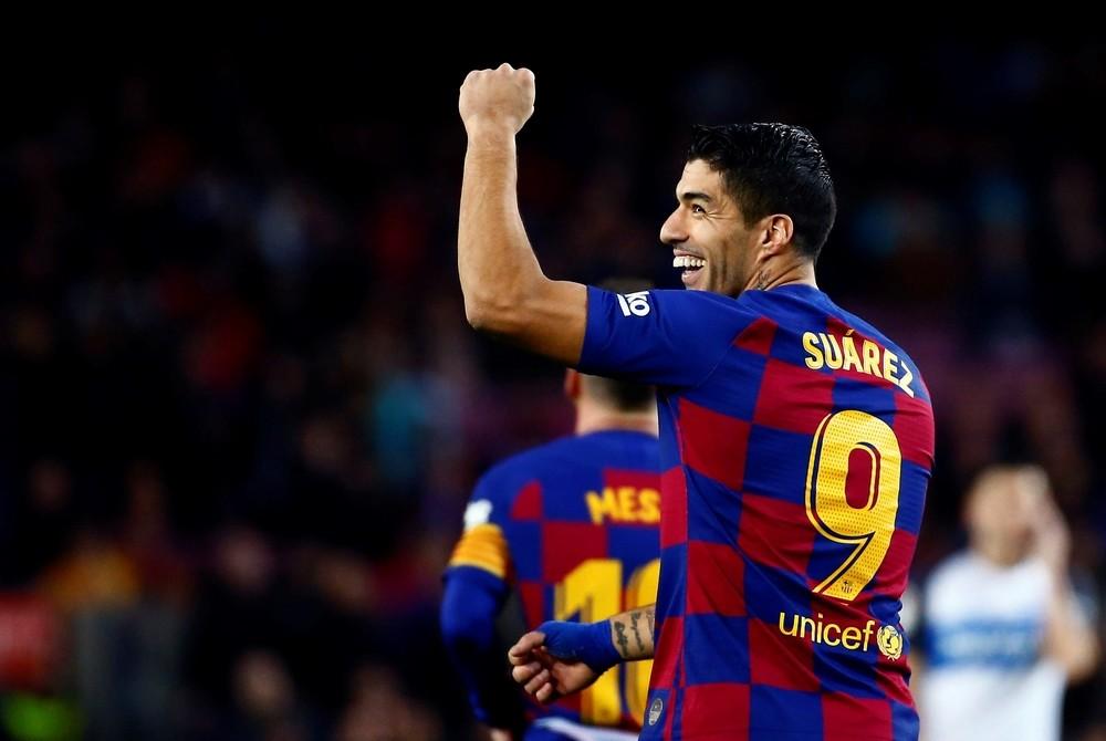 El Barça despide el año goleando a un valiente Alavés