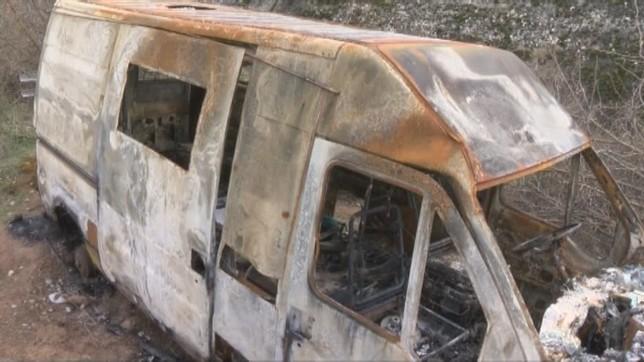 La furgoneta calcinada se encontró en el antiguo canal de Lodosa NATV