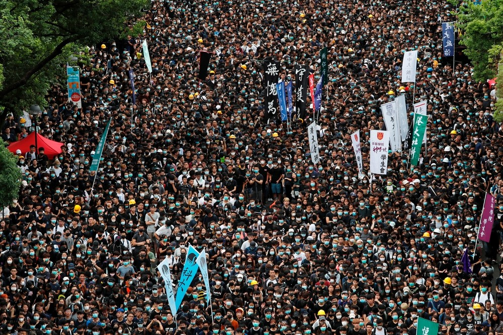 China acusa a los manifestantes de querer derrocar el Gobierno