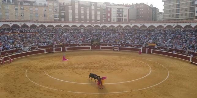 Sebastián Castella y Emilio de Justo ocupan el trono del Rey
