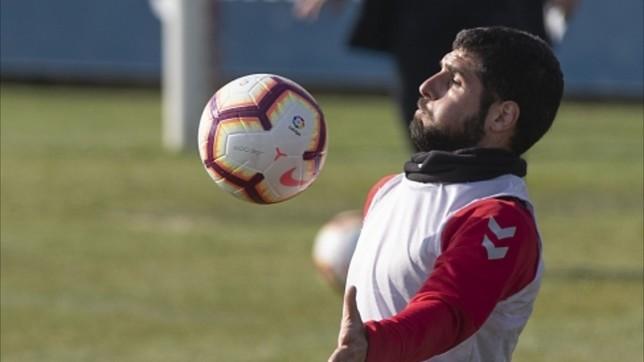 Fran Mérida entrenando en Tajonar C.A.Osasuna